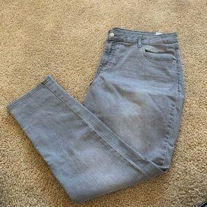 !!!NEW!!! NWOT Old Navy Rockstar Skinny Jeans